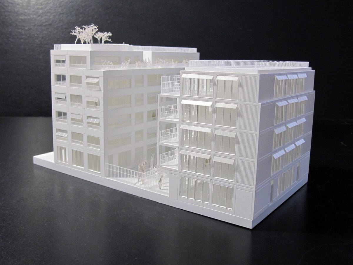 maquette d'immeuble de logements et crèche à Paris par Maaj
