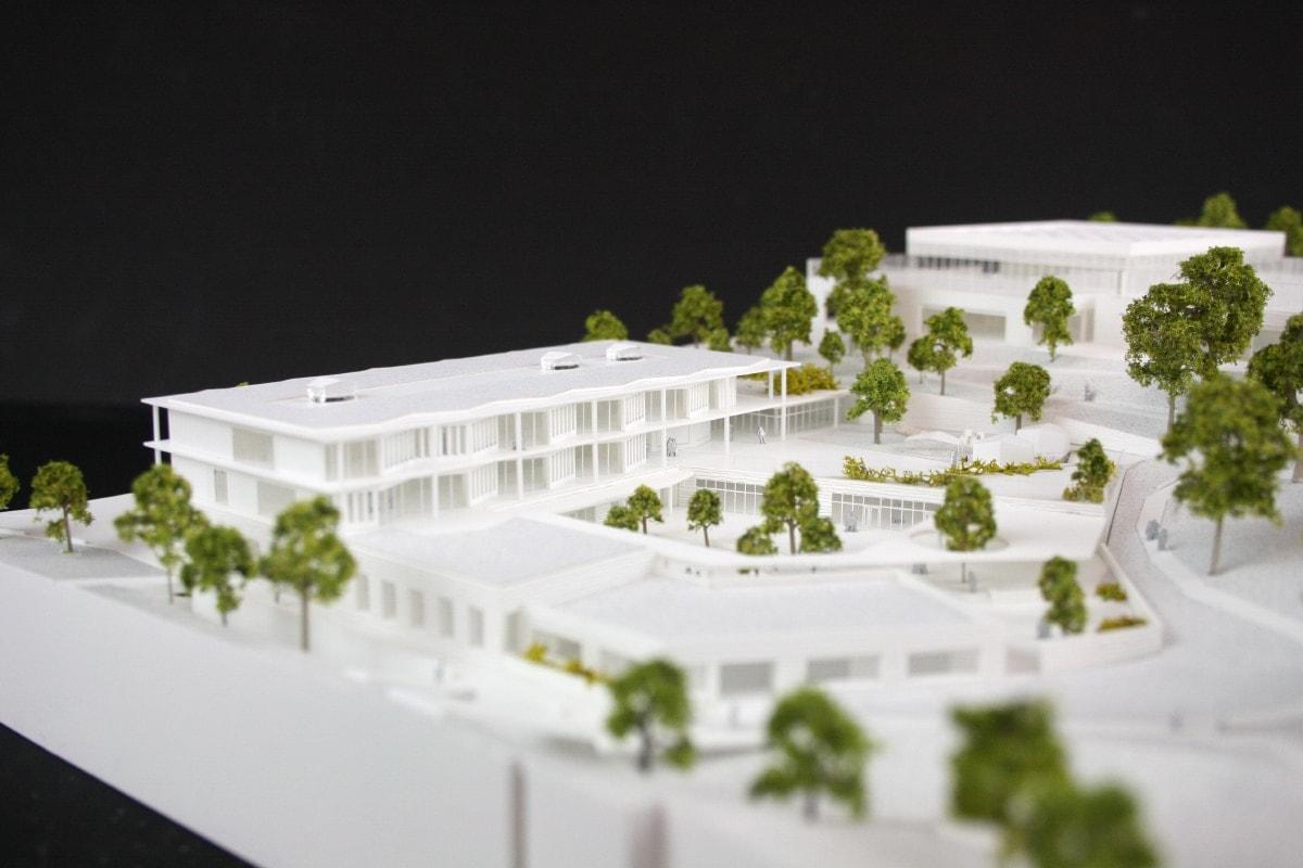 Maquette du conservatoire, école et salle de sport à Saint Germain en Laye par LA architecture, NZI, MAAJ et Atelier Volga