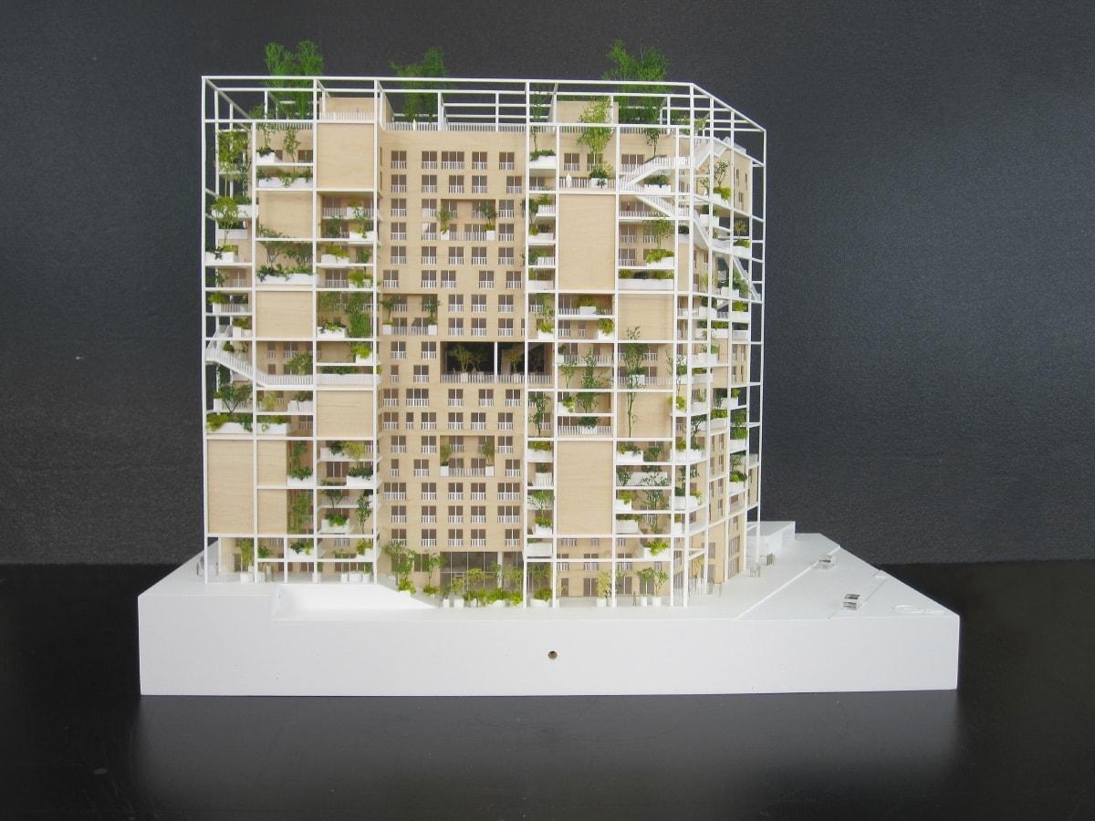 Maquette en bois de logements à Issy Les Moulineaux par MVRDV