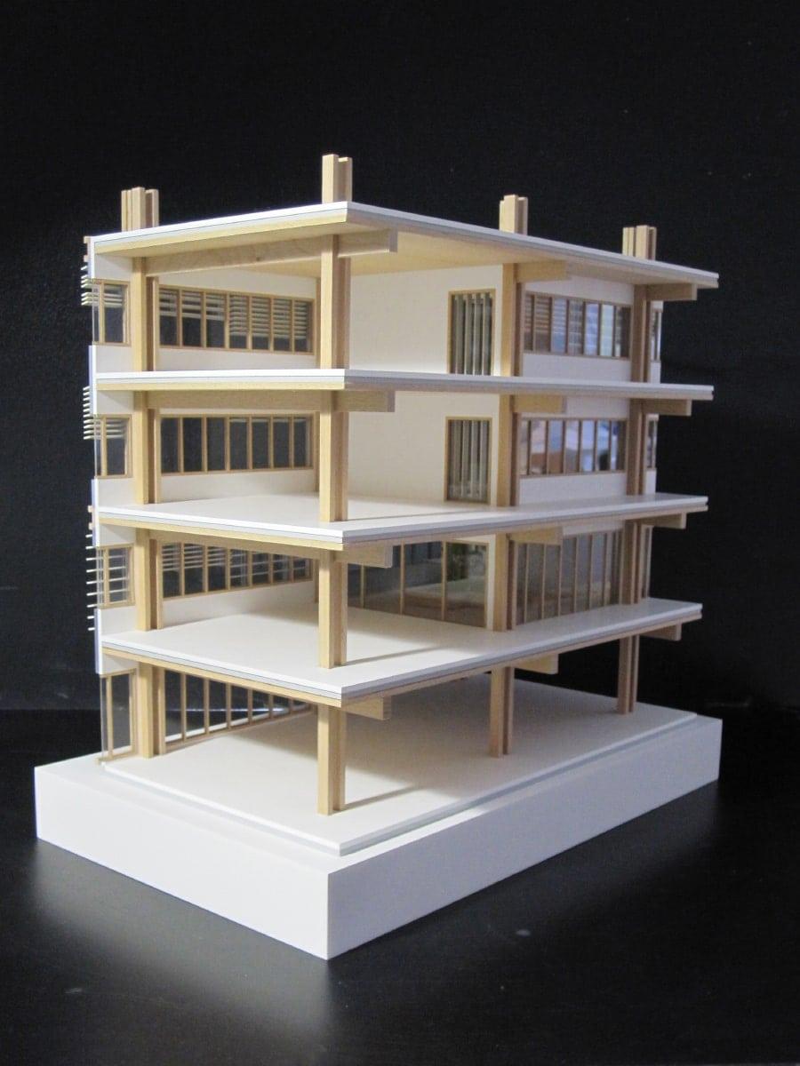 Maquette de coupe en bois de bureau à Maisons-Alfort par loci Anima
