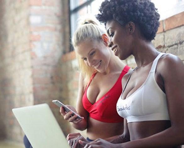 Sites de namoro grátis vs sites pagos