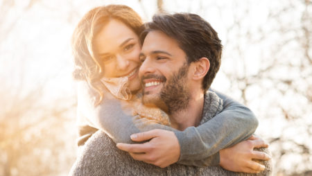 Bridging the Age Gap: How to Find Common Ground When Dating Older Women