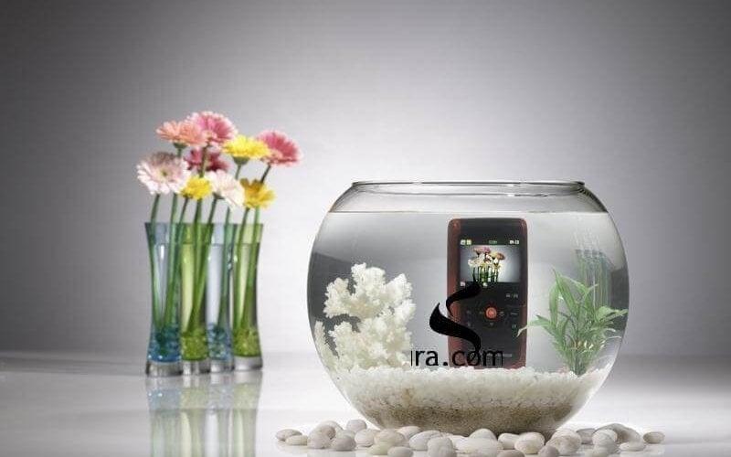 Suya ve darbeye dayanıklı yapısı ile yeni  Samsung W200