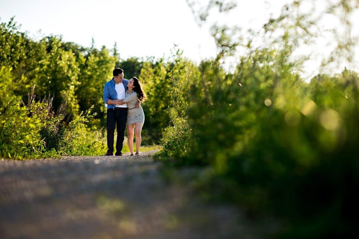 engagements-012-canada-winnipeg-wedding-photographer-singh-photography