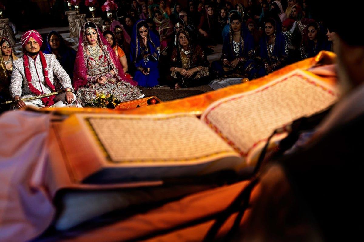 rocky-amanda-030-pipeline-gurudwara-winnipeg-wedding-photographer-singh-photography