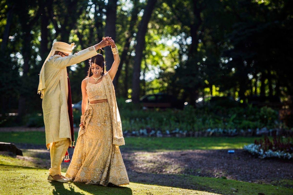 Alvin+Amanada-020-Wedding--Winnipeg-Wedding-Photographer-Singh-Photography-