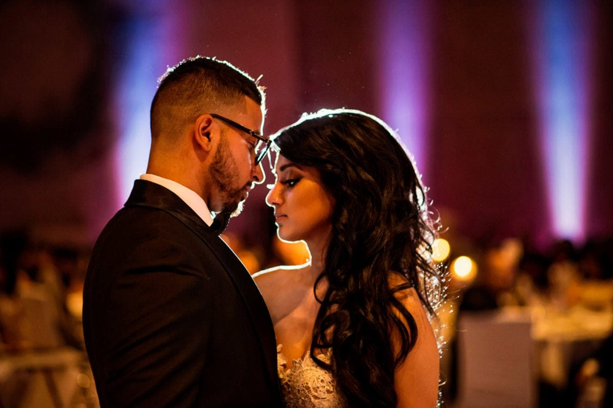Alvin+Amanada-059-Wedding--Winnipeg-Wedding-Photographer-Singh-Photography-