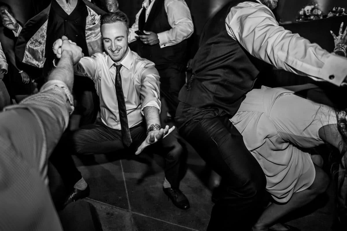 Alvin+Amanada-070-Wedding--Winnipeg-Wedding-Photographer-Singh-Photography-