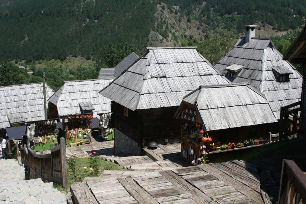 Drvengrad-Mećavnik