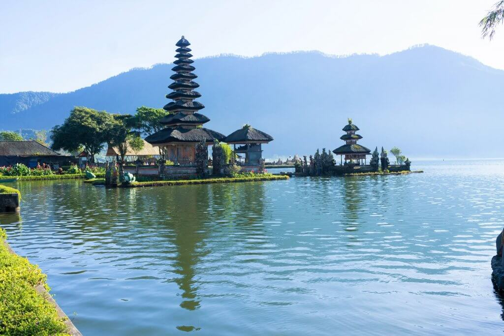 Best things to do in Ubud, Bali - Ulun Danu Beratan-Floating Lake Temple