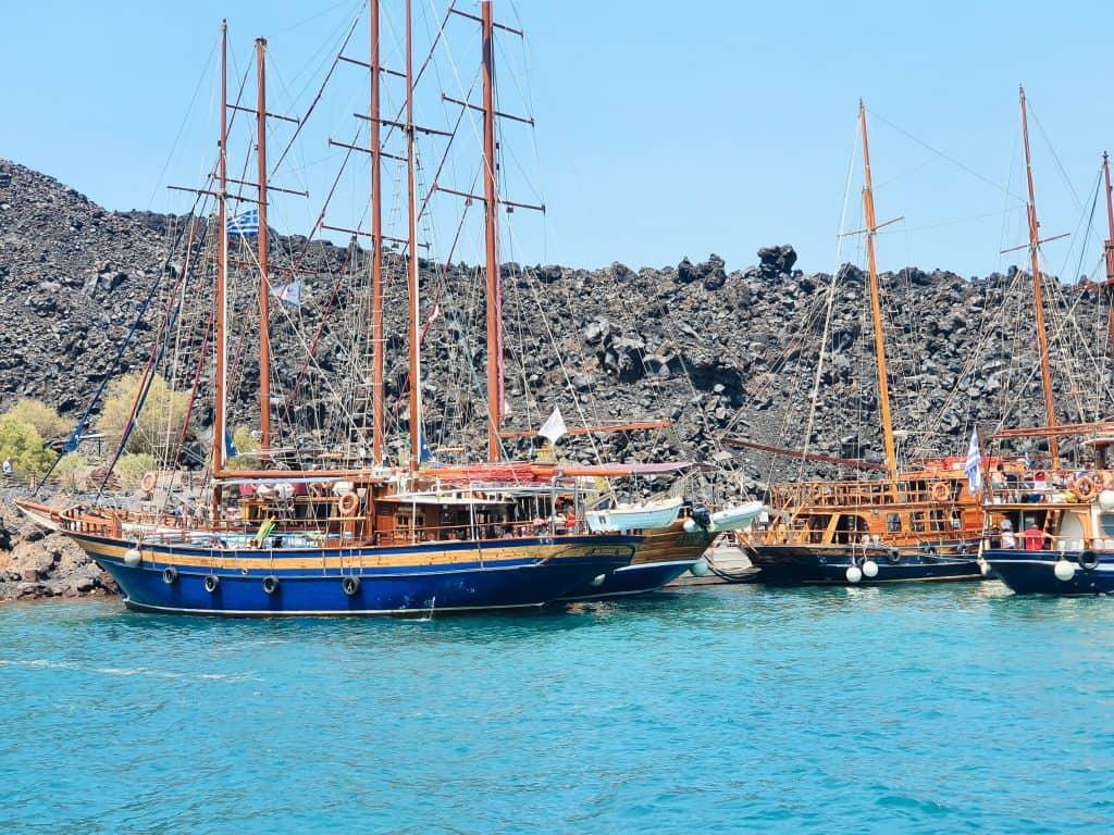 Best things to do in Santorini - Boat Trip