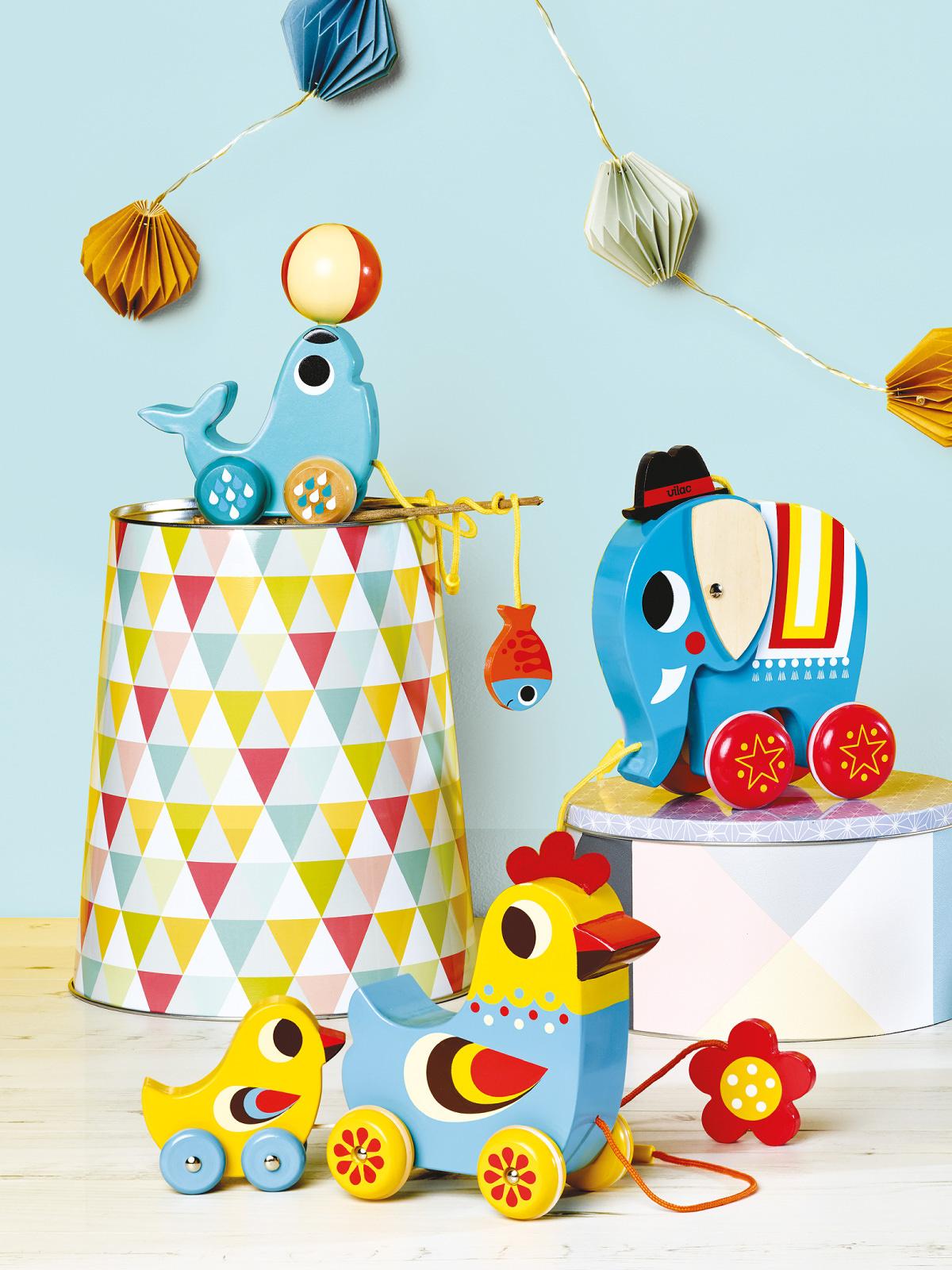 frederickandsophie-toys-vilac-wooden-sealion-pull-along