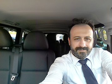 Walk around Sicily taxi driver