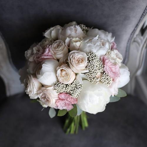Классический букет невесты с пионами №973 - Фото 4