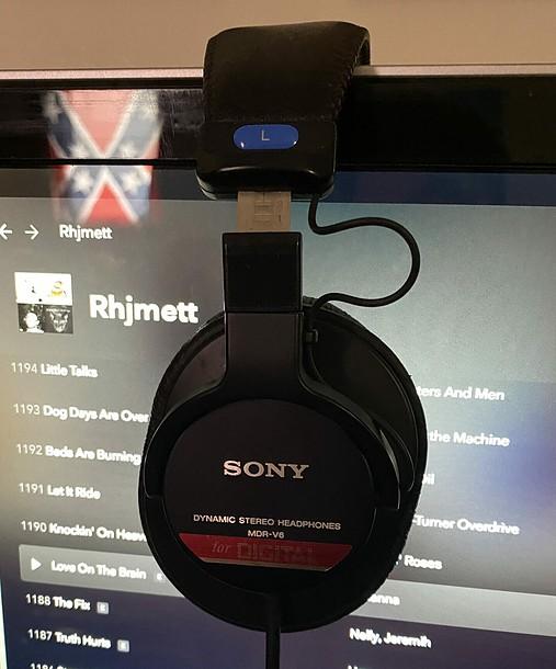 The Sony MDR V6 Studio monitors.