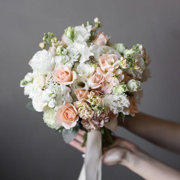 Летний букет невесты в персиковой гамме №993 - Фото 1
