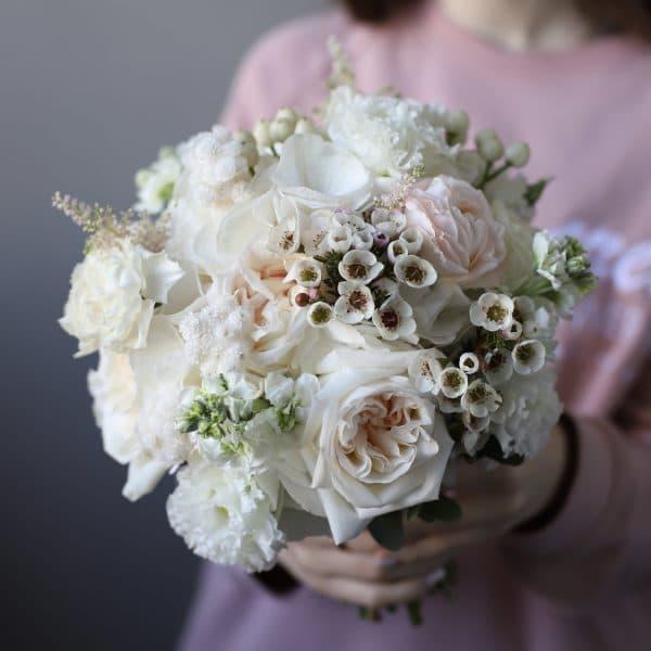 Нежный букет невесты  в классическом стиле №961 - Фото 1