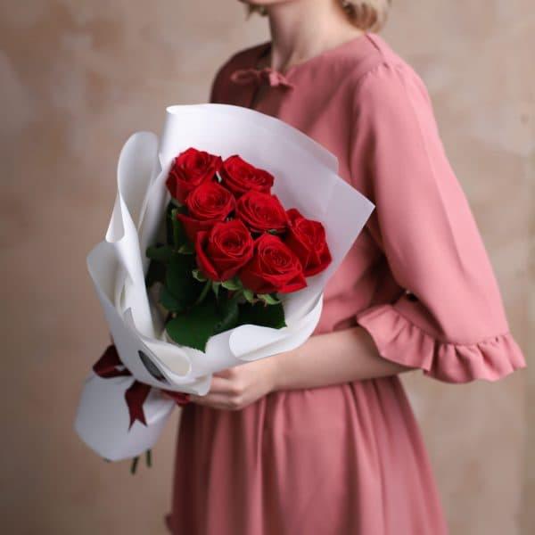 Монобукет с Российскими розами 7 шт №1011 - Фото 1