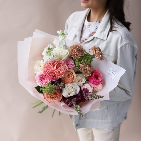 Букет с премиальными сортами цветов №851 - Фото 4