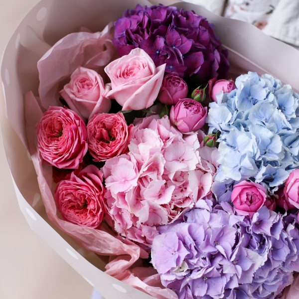 Сборный букет с гортензиями и пионовидными розами №834 - Фото 3