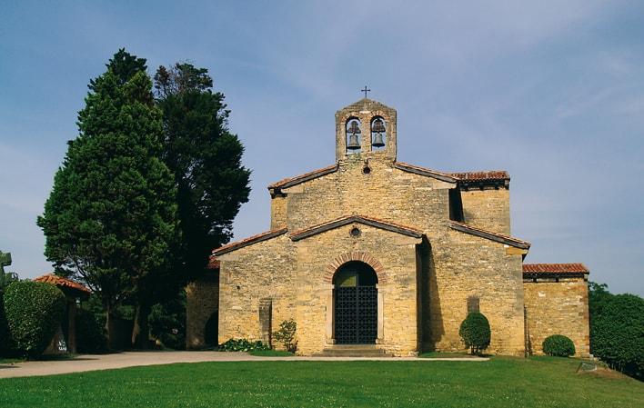 PRERROMÁNICO ASTURIANO: San Julián de los Prados