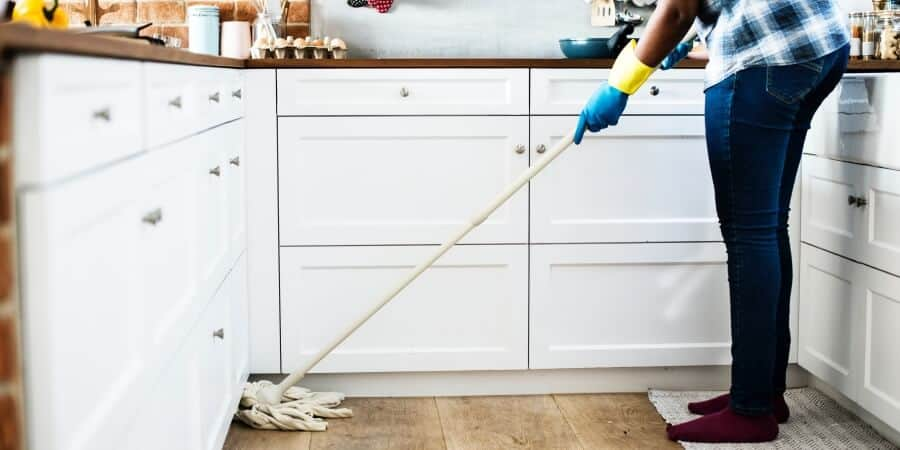 Clean Your Home With Vinegar