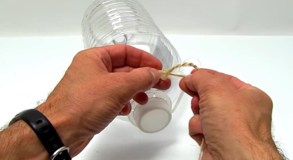simple fish trap for survival