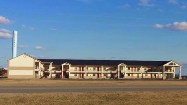 HiWay Inn