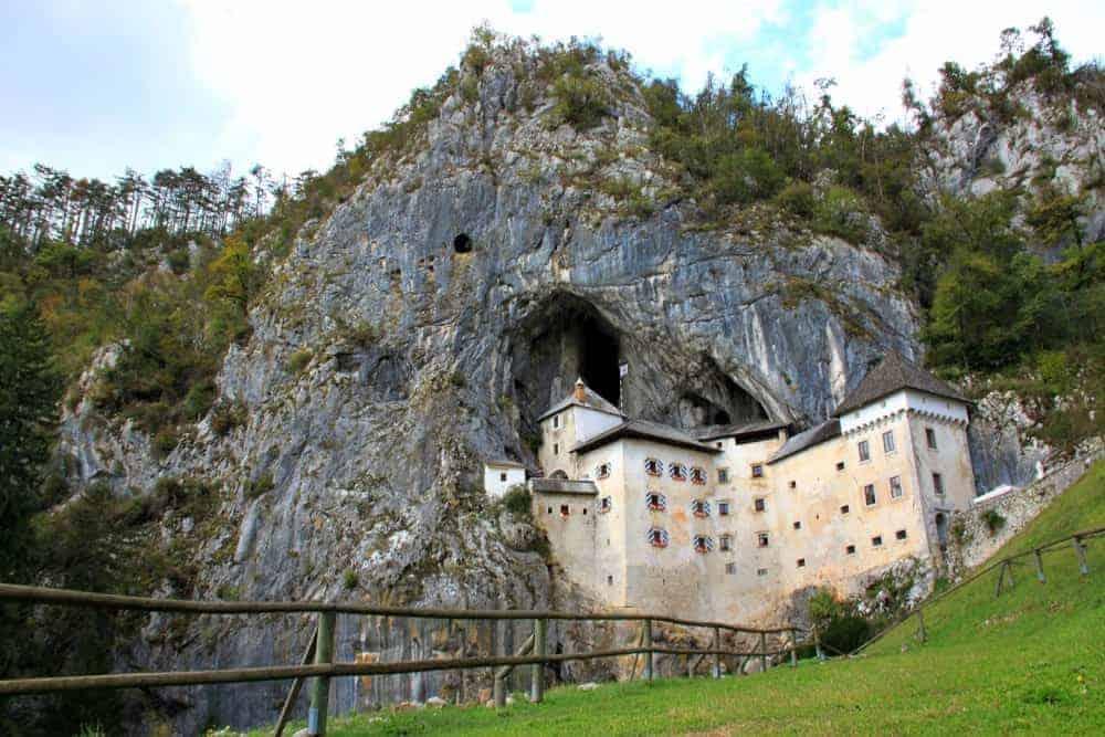 Predjamski Grad Beautiful places Slovenia