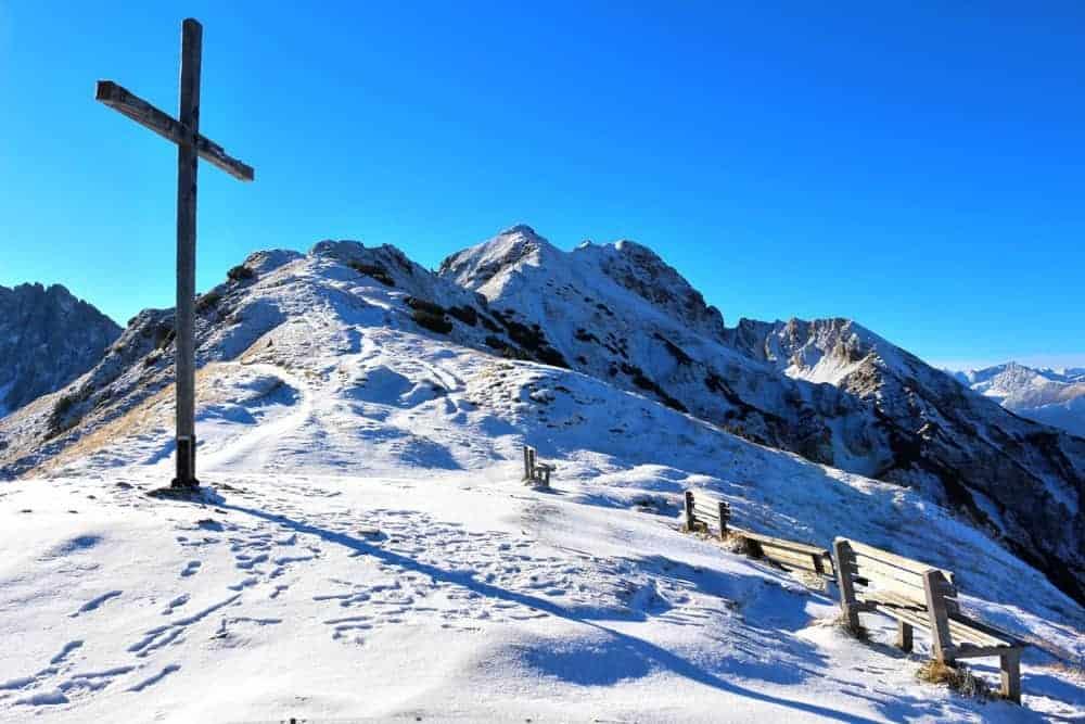 Seefeld Snowy mountains