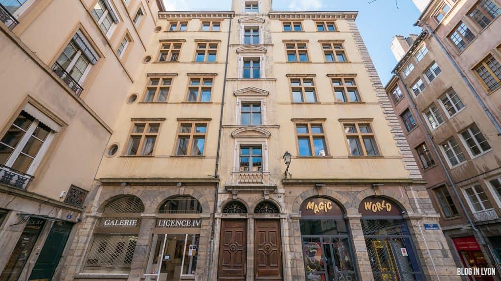 Visiter Lyon - Façade 5 Place du Gouvernement | Blog In Lyon