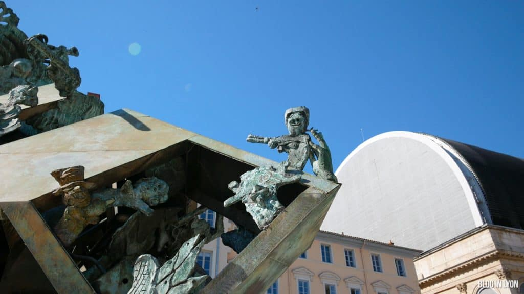 Visiter Lyon - Pyramide de l