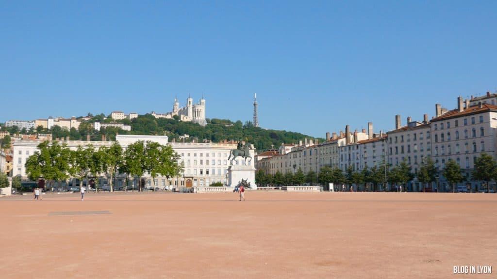Visiter Lyon – Place Bellecour | Blog In Lyon