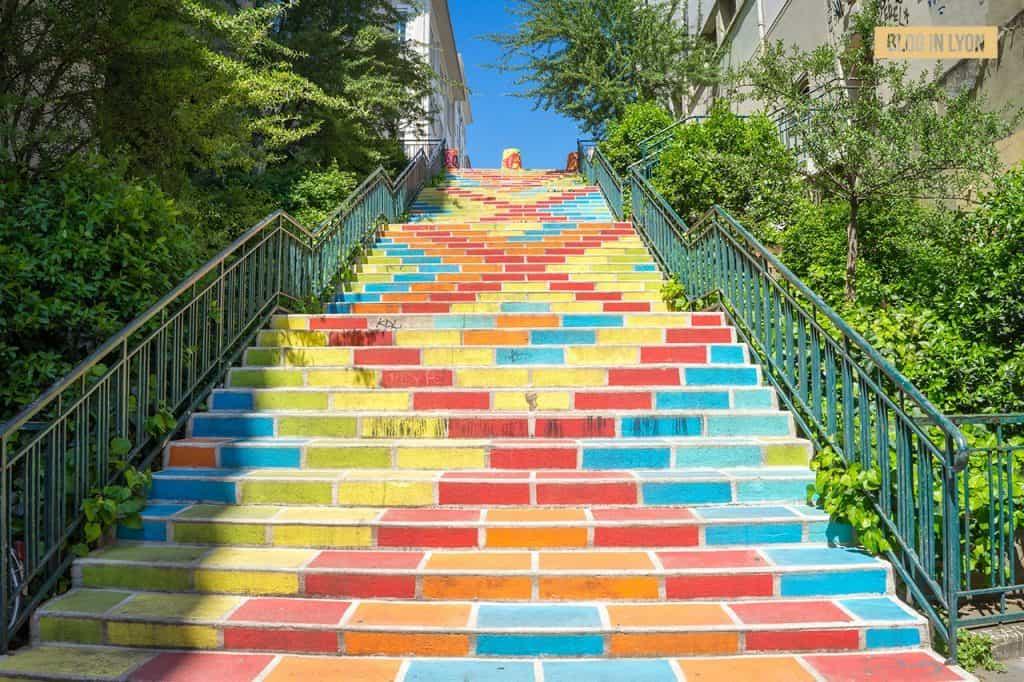 Fresque artistique Escaliers Prunelle - Top 15 des plus beaux murs peints de Lyon   Blog In Lyon
