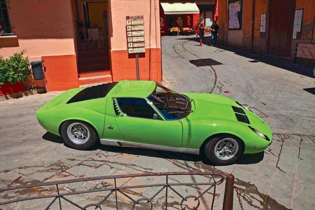 Классический Lamborghini Miura