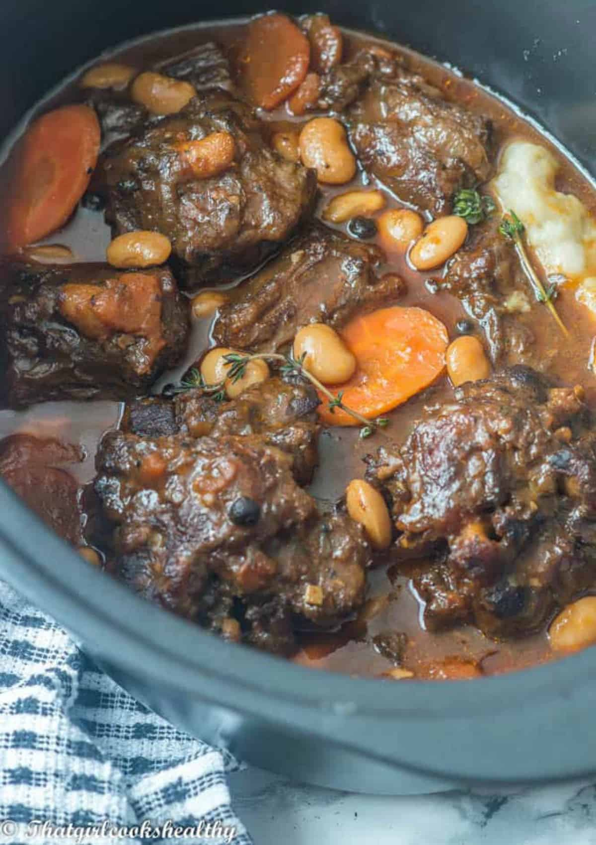 oxtail in the slow cooker
