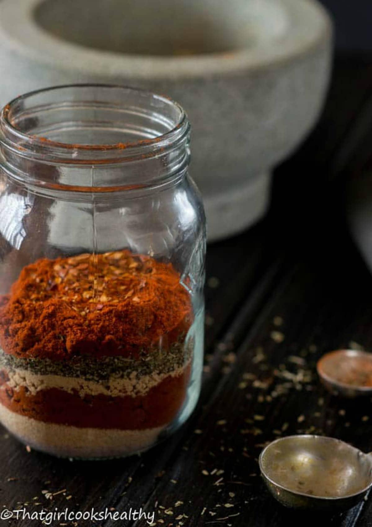Spice blend in a jar