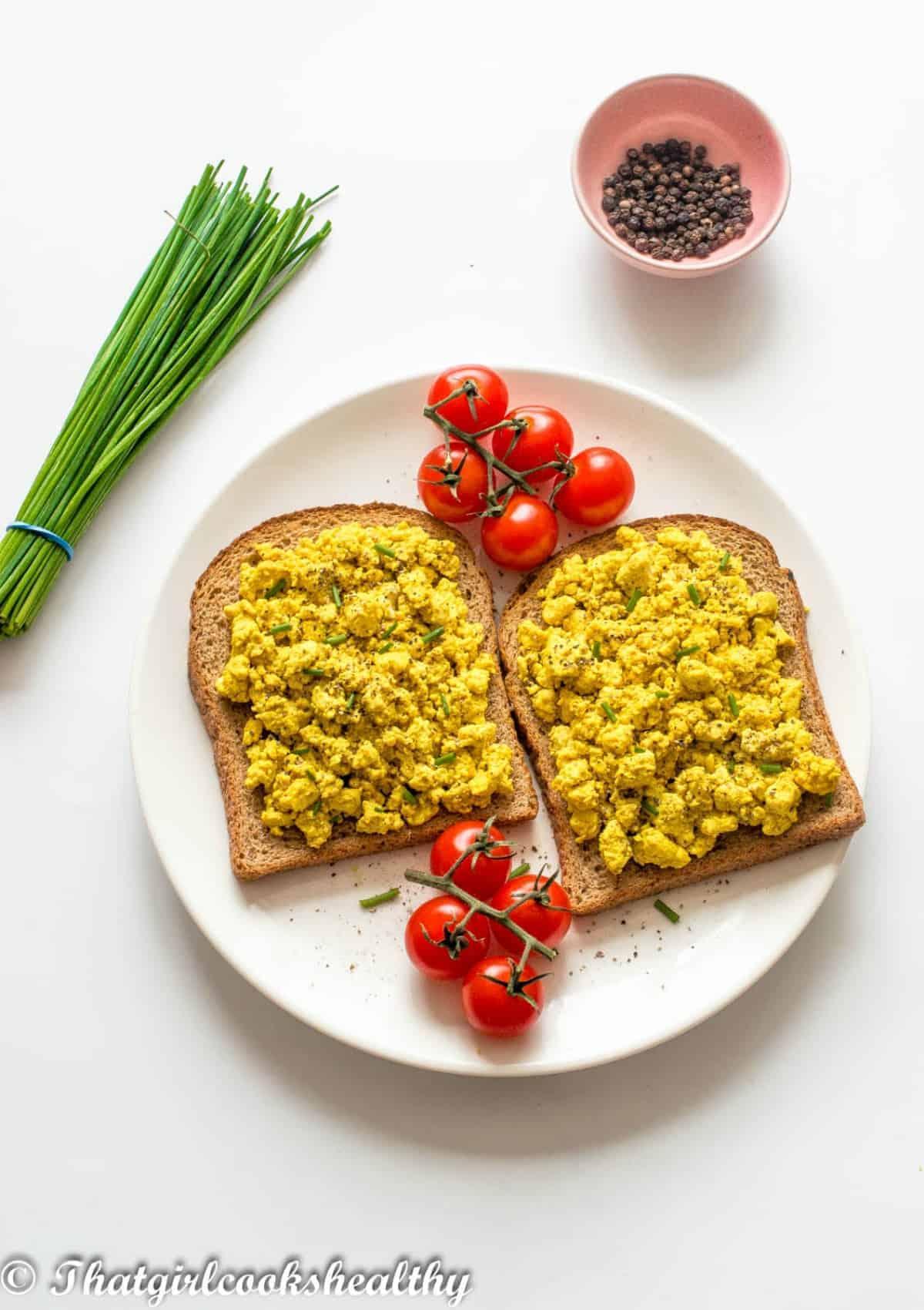 tofu scramble on toast