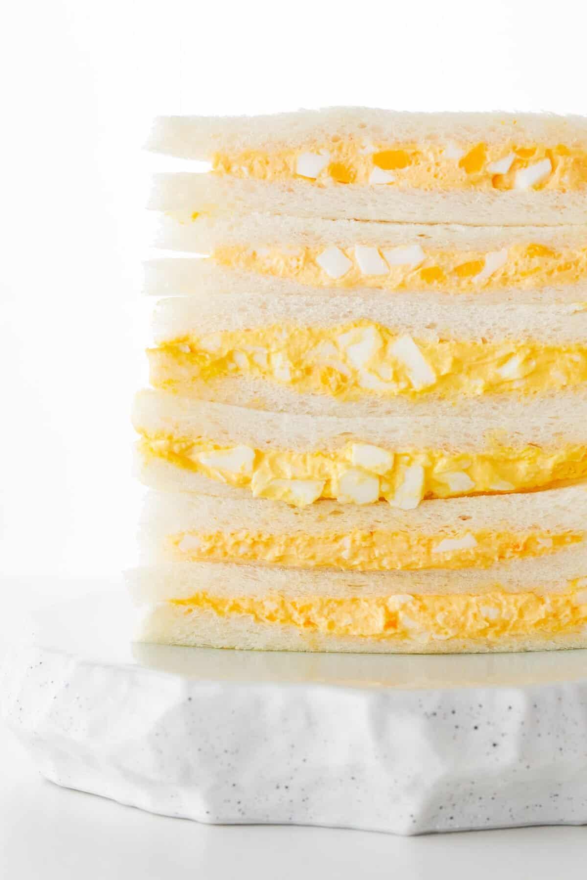 FamilyMart vs 7-Eleven vs Lawson egg sandwich taste test.