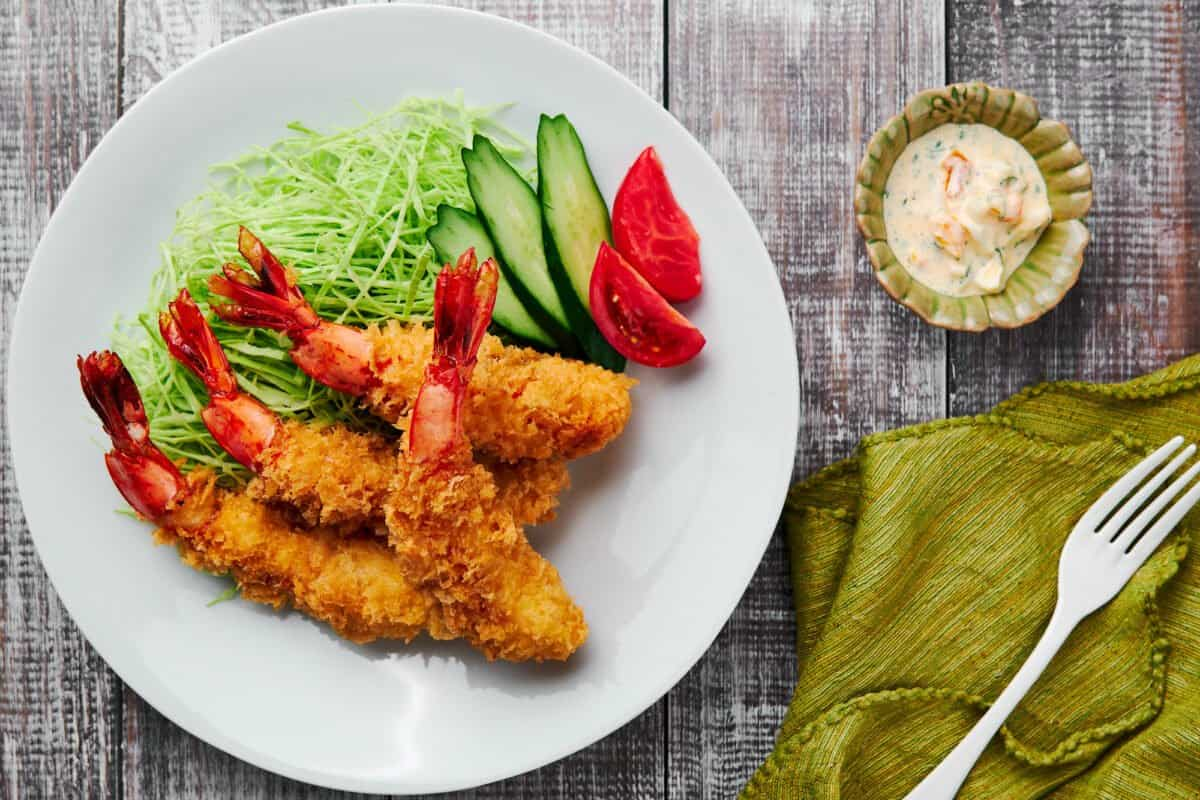 Ultra-crispy panko shrimp or Ebi Fry is a staple in Japanese homes, and it's super easy to prepare.
