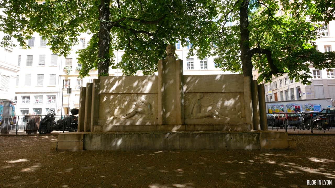 Visiter Lyon - Place Chardonnet | Blog In Lyon