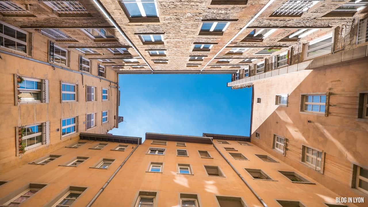 Les traboules de la Croix-Rousse Est - Rue des Capucins | Blog In Lyon