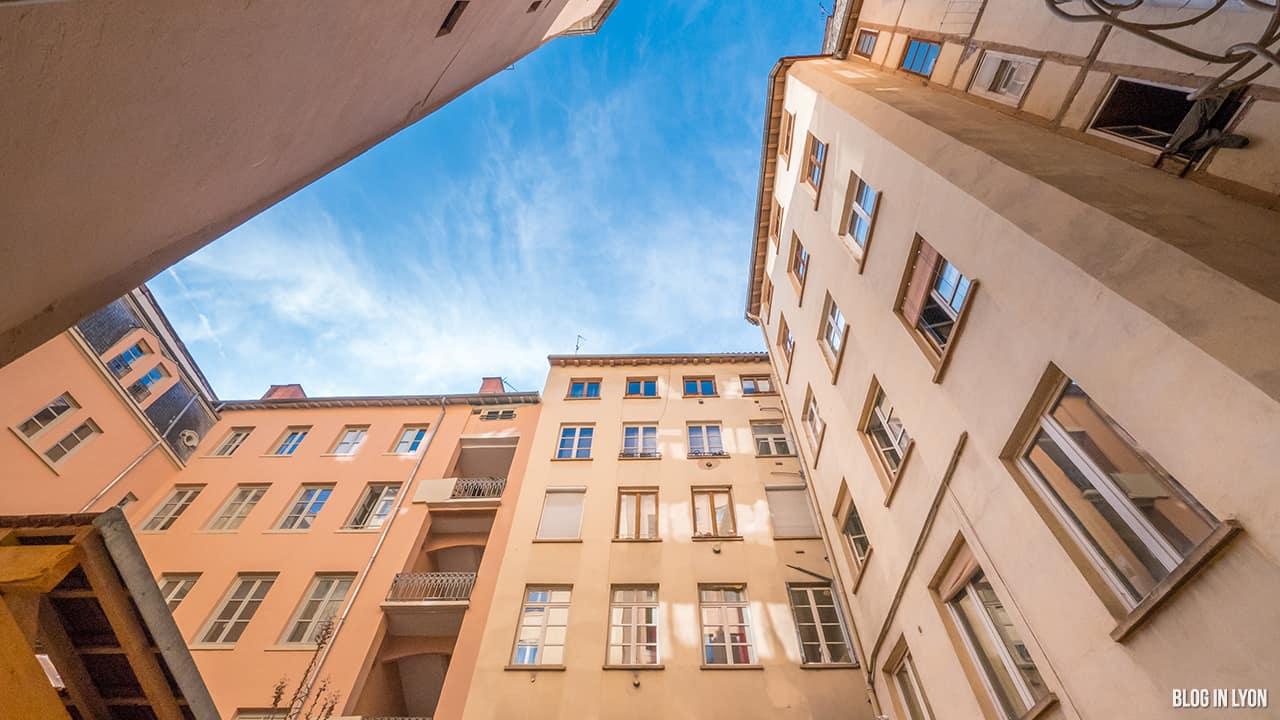 Les traboules de la Croix-Rousse Est - Rue Imbert Colomès | Blog In Lyon