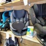 Bezpieczne podróże z dzieckiem, czyli o fotelikach samochodowych RWF