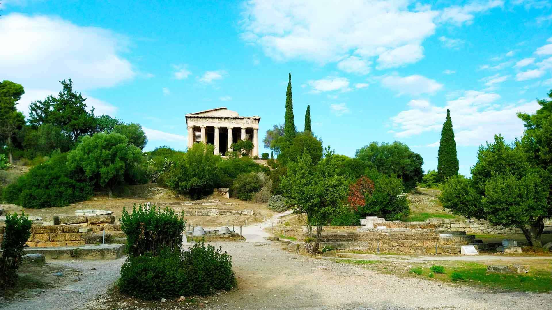 Temple-of-Hephaestus-in-Ancient-Agora,-Athens
