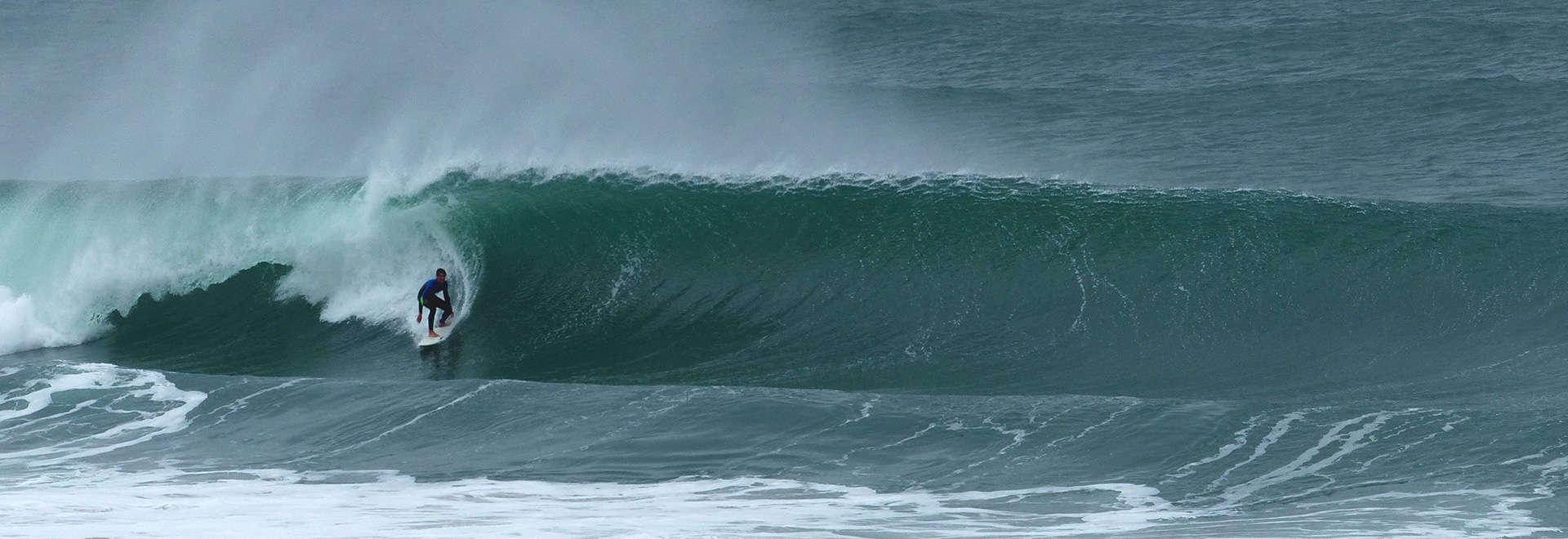 portugal surf guiding lisbon wave off shore