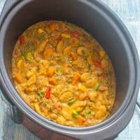 curry in a slow cooker