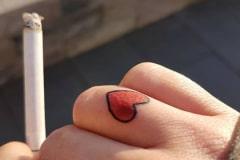 Old-School-Tattoo-Hand-Herz