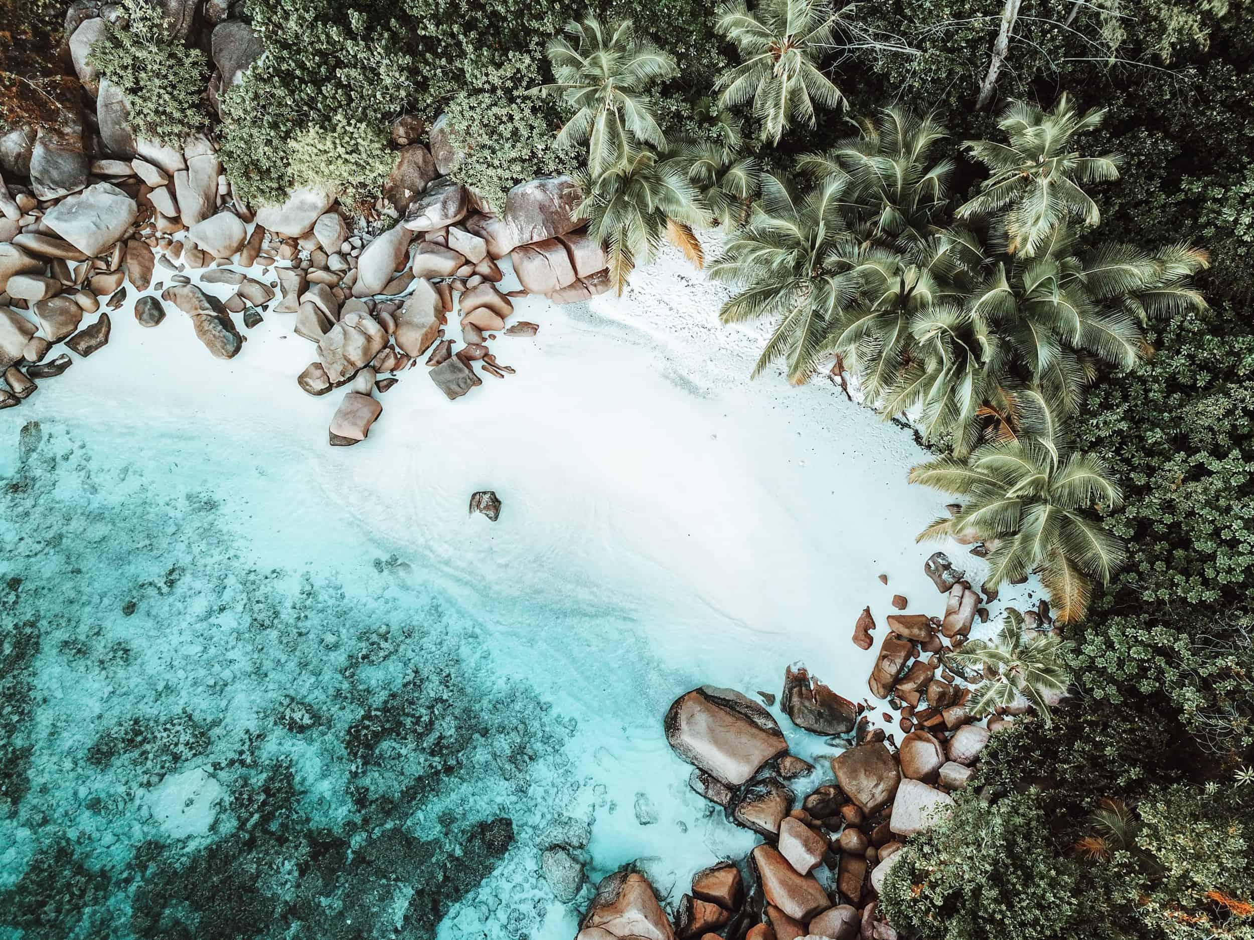 Wunderschöner Strand auf Praslin Seychellen