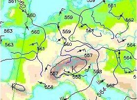 Höhenwetterkarte Retop 500/1000 hPa (beispielhaft), Deutscher Wetterdienst, Public domain, via Wikimedia Commons